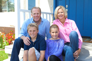 Newley elected San Diego Mayor Kevin Faulconer with his family. Campaign photo.