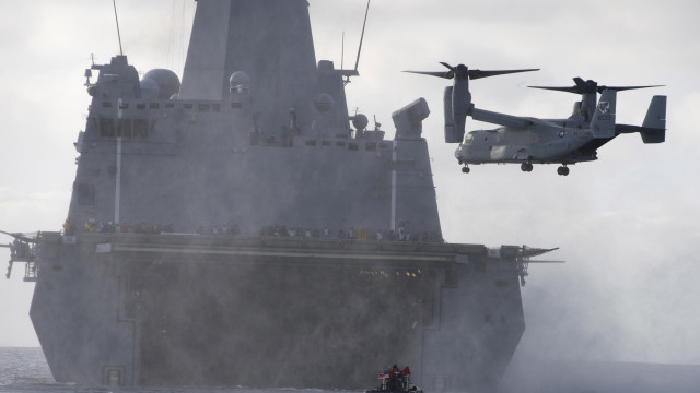 An MV-22 Osprey approaches for a landing aboard the San Antonio-class amphibious transport dock ship USS Anchorage during amphibious warfare training. Navy photo