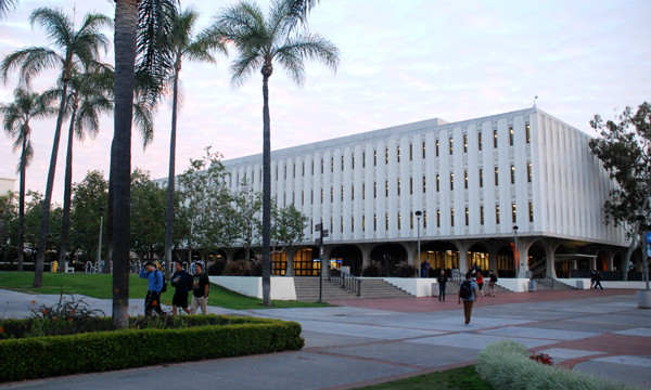 San Diego State University, Malcolm A. Love Library.  Photo by Chris Stone