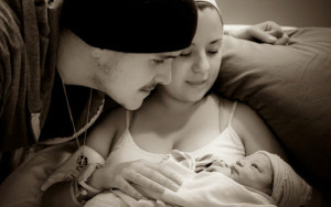 Amanda and her husband, Nathan, with their daughter, Kassidy, minutes after her arrival. Photo courtesy UCSD News Center