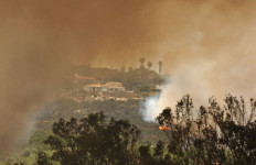 Winds shifted in the afternoon toward Escondido  at the Cocos Fire on Thursday.