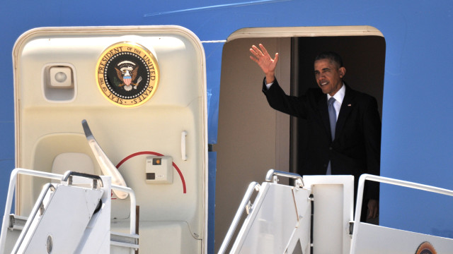 President Obama waves to a crowd gathered for his arrival at MCAS Miramar on Thursday. Photo by Chris Stone