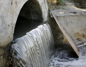 A San Diego County storm drain. Photo credit: recyclesandiego.org