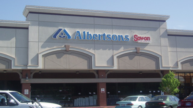 Albertsons. Photo credit: Wikimedia Commons.