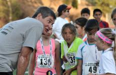 Ryun took time to encourage girls and boys who ran a series of miles.