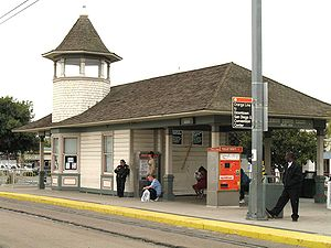 300px-Lemon_Grove_Station