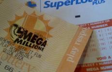 California lottery ticket. Photo credit: Alexander Nguyen