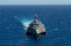 The littoral combat ship USS Independence in RIMPAC 2014. Navy photo by U.S. Navy photo by Armando Gonzales