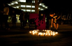 A memorial for Mark Brown in front of Geisel Library. Photo by Aleksandra Konstantinovic.