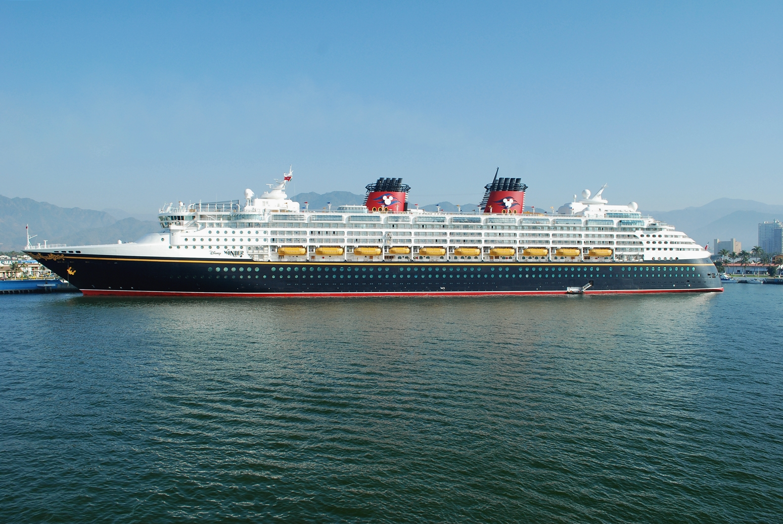 Port Wishes Upon A Star Disney Cruise Ship Leading Convoy Times - Where do cruise ships dock in san diego