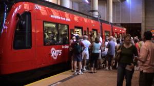 Commuters use the Green Line. Photo via Wikimedia Commons