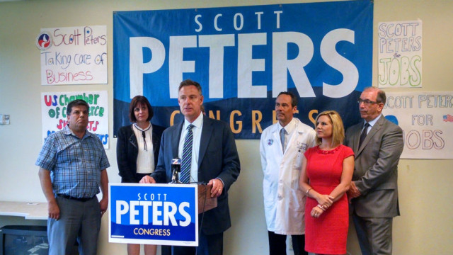 Scott Peters announces his endorsement by the U.S. Chamber of Commerce at a press conference at this campaign office in Kearny Mesa. Photo by Chris Jennewein