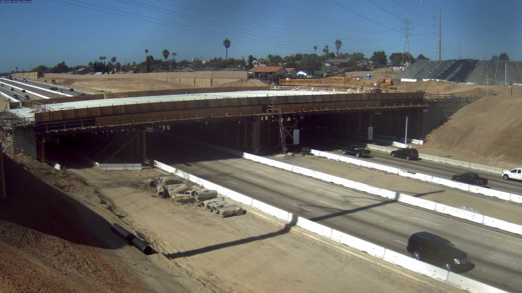 I-805 Palomar Bridge DAR construction. Photo courtesy of SANDAG