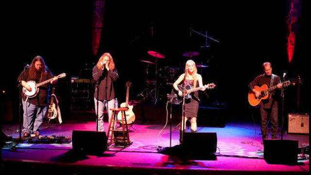 "Jeff Berkley (left), Calman Hart, Eve Selis and Marc ""Twang"" Intravaia. Photo by Steve Covault"