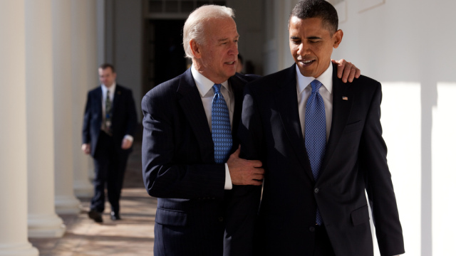 President Barack Obama walks with Vice President Joe Biden along the Colonnade. (Official White House Photo by Pete Souza)