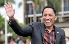 City Council President Todd Gloria at Veterans Day parade. Photo by Chris Stone