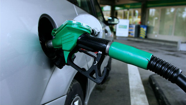 Gas ipump. Photo credit: Wiki Commons