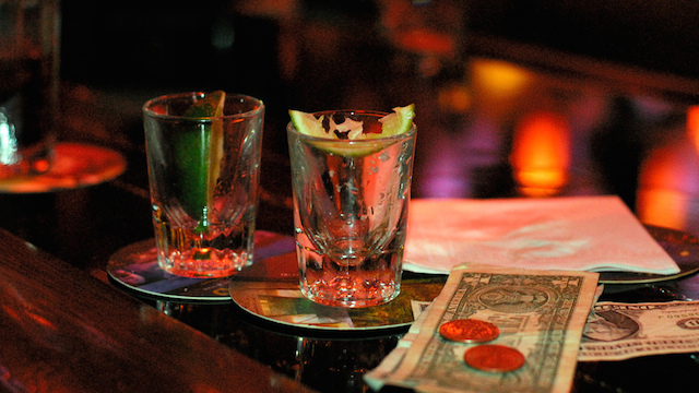 A veteran San Diego bartender reveals how holiday drinking differs. Photo via Wikimedia Commons