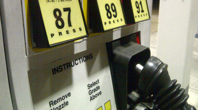 Gas Prices San Diego >> San Diego County Gas Prices Continue Climbing Above 4 Times Of