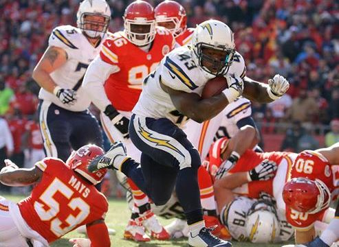San Diego Chargers running back Brendan Oliver runs for a touchdown in the teams loss to the Kansas City Chiefs. Courtesy of San Diego Chargers Facebook.