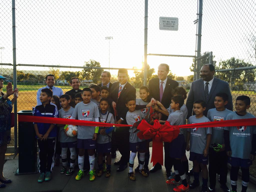 Faulconer Alvarez ribbon cutting