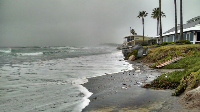 Ocean near Powerhouse Park in Del Mar