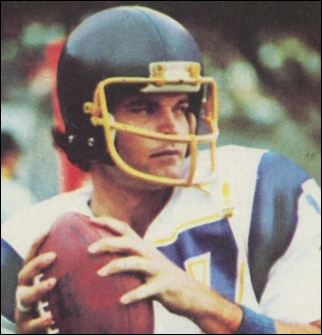 Former Chargers Qb Jesse Freitas Found Dead In Car Times