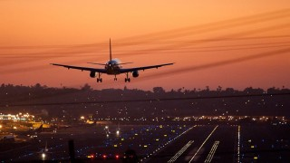 An Airplane landing at Lindbergh Field. Photo courtesy of Sydney Tran