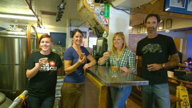 Stephanie Gannon (left),  Devon Randall, Jessica Norton and David Hekel at Pizza Port in Solana Beach. Courtesy San Dieguito River Valley Conservancy
