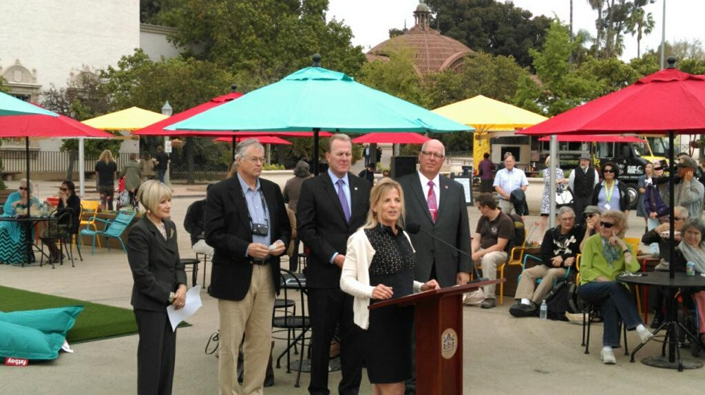 Officials from Southwest Airlines,  Project for Public Spaces and the Balboa Park Conservancy along with Mayor Kevin Faulconer at the unveiling of the improved Plaza de Panama. Photo courtesy of the San Diego Foundation
