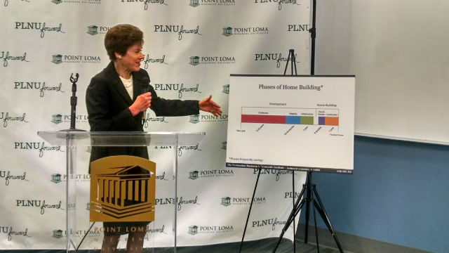 Dr. Lynn Reaser explains how regulatory costs and delays increase the price of housing. Photo by Chris Jennewein