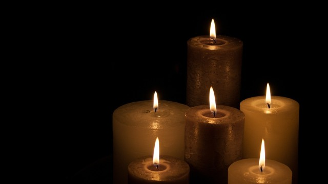 candles-224565_1280