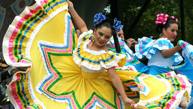 Dancers at a Cinco de Mayo Festival in Washington, D.C. Photo via Wikimedia Commons