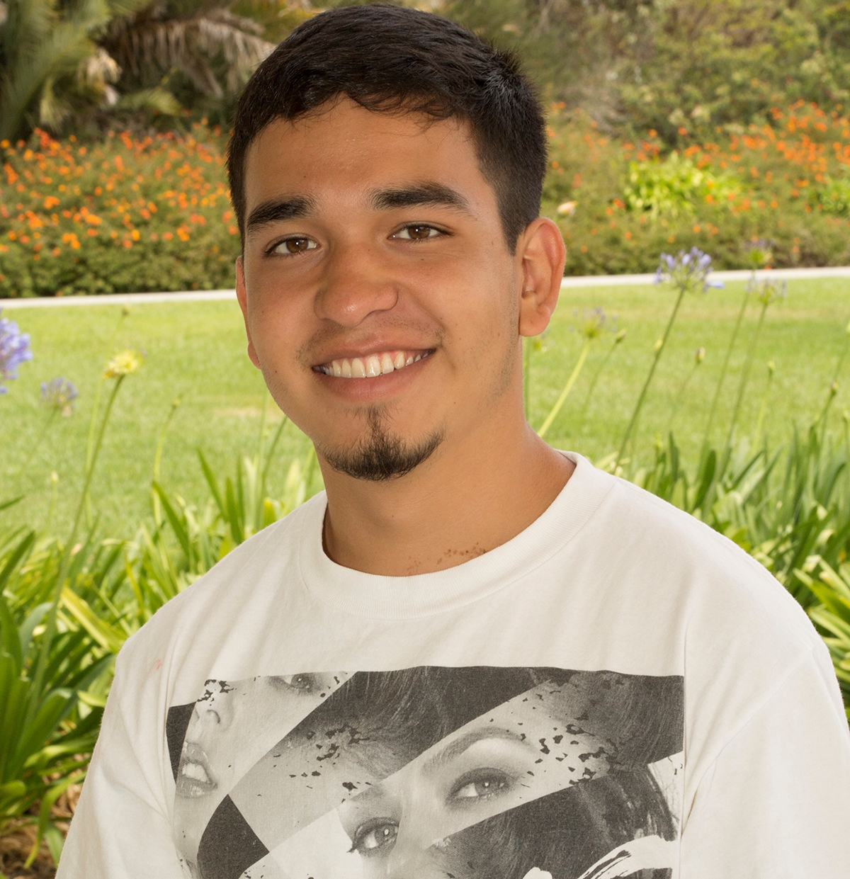 Miracosta College Student Earns Young Latino Of The Year