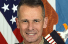 Retied Marine Gen. Peter Pace. Defense Department photo