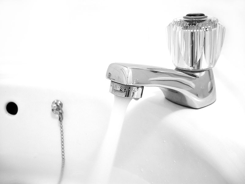 Water faucet. Photo credit: Matthew Bowden/Wiki Commons