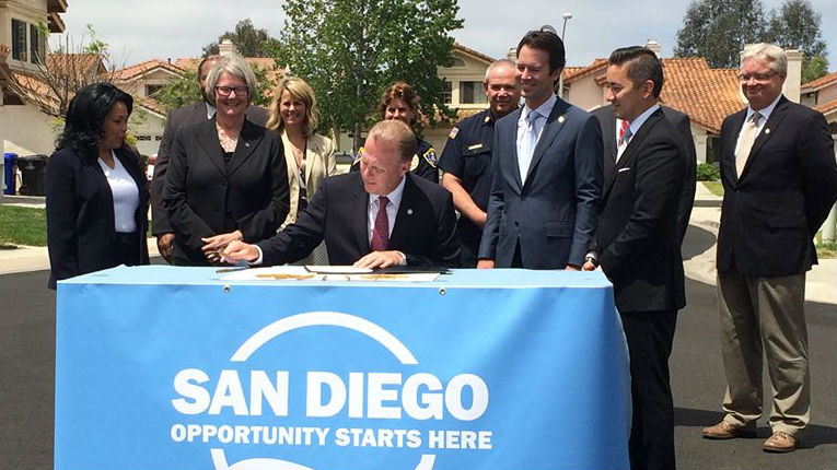 Mayor Kevin Faulconer signed the 2015-2016 budget in Mira Mesa. Photo courtesy of Councilman Chris Cate's office