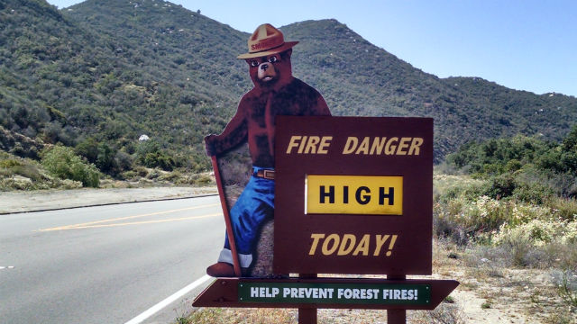 A fire danger warning in Southern California. Photo by Chris Jennewein.