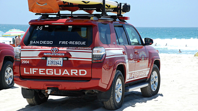 A San Diego Lifeguards rescue vehicle. Photo by Alexander Nguyen