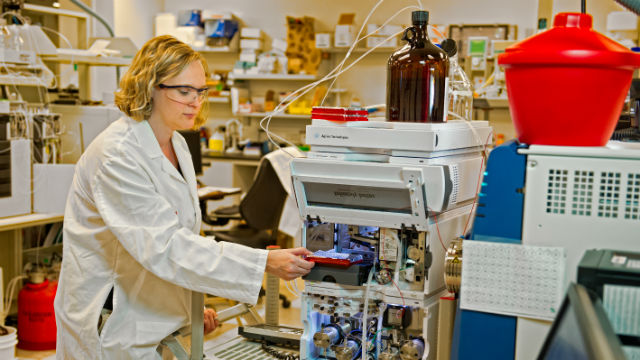 A researcher in an Eli Lilly lab. Courtesy Eli Lilly and Co.