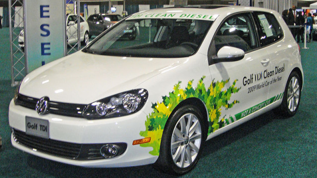 A VW Golf TDI clean diesel. Photo by Mario Roberto Duran Ortiz via Wikimedia Commons