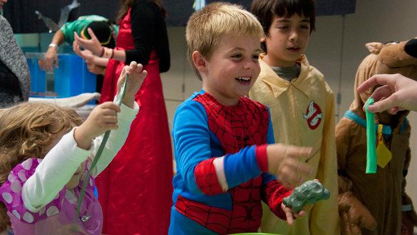 Kids having fun at Haunted Aquarium. Photo courtesy of Birch Aquarium