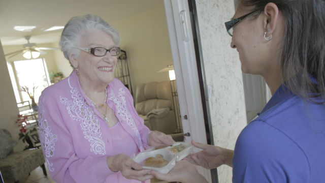 Jewish Family Service of San Diego volunteers delivers hundreds of hot, ready-to-eat meals a day to adults in need all around San Diego County through its food assistance programs. Photo courtesy of Jewish Family Service of San Diego