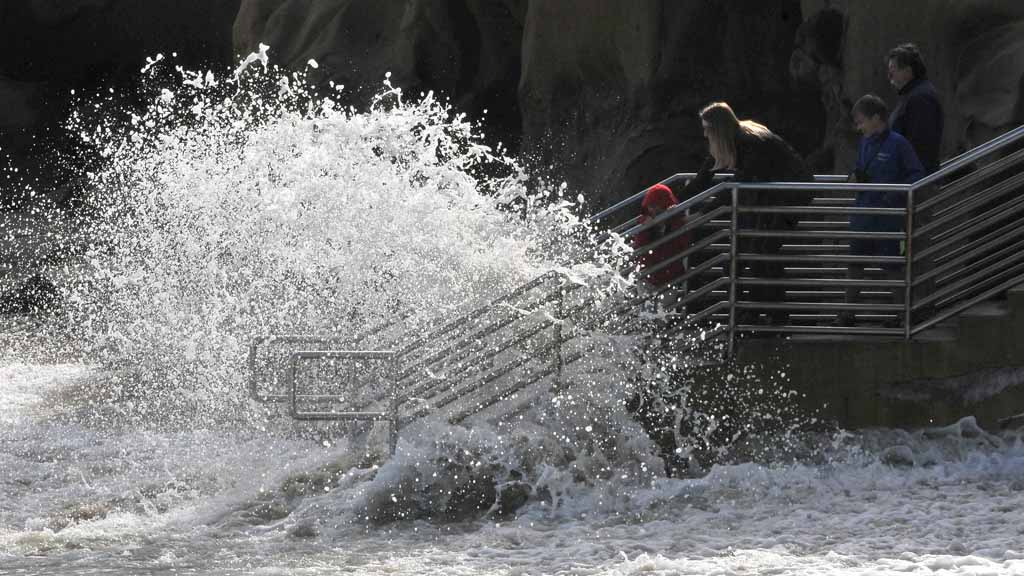 King Kong Of High Tides Pummels The Coast Times Of San Diego