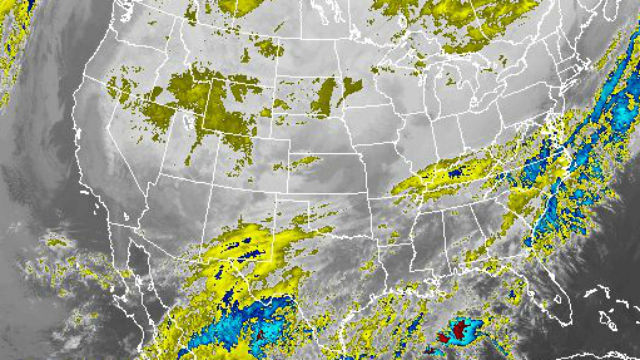 Infrared satellite photo from 7:15 a.m. shows clear skies over San Diego and Southern California. NOAA image