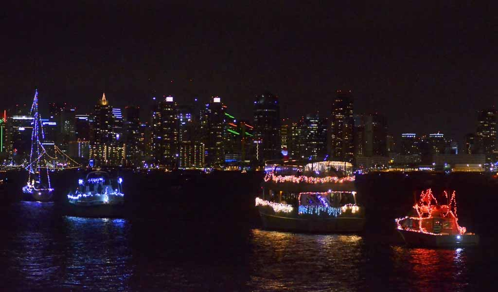 San Diego Bay Parade Of Lights Delectable Boat Parade Eiffel Towers Light Up San Diego Bay Times Of San Diego