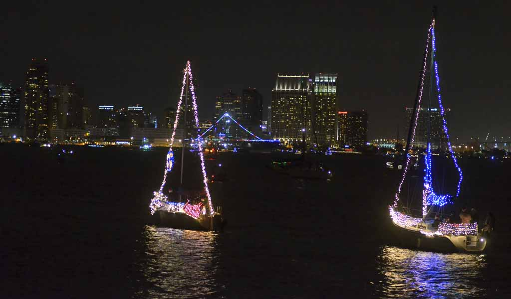Missed The Boats See Parade Of Lights In 2 Minutes