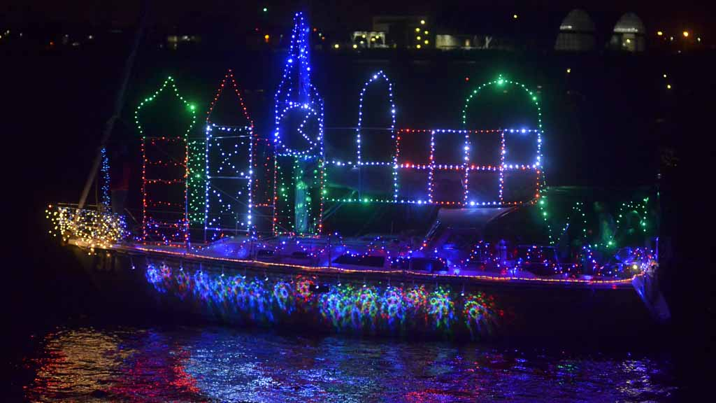 San Diego Bay Parade Of Lights Best San Diego Weekend Guide Dec 6060 Times Of San Diego