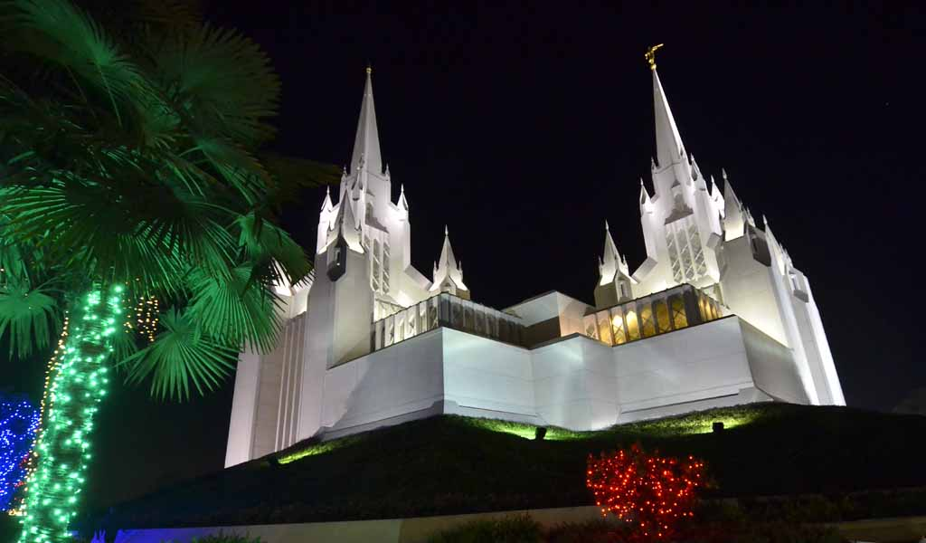 light display at san diego temple of the church of jesus christ of latter day - Best Christmas Lights In San Diego