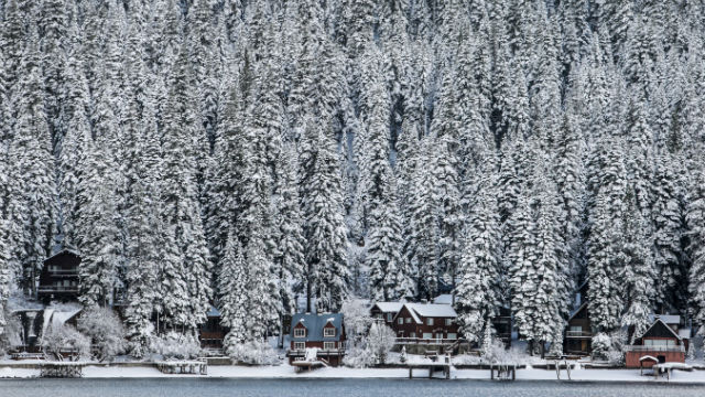 Vacation homes on Donner Lake near Truckee after a fresh snow. REUTERS/Max Whittaker
